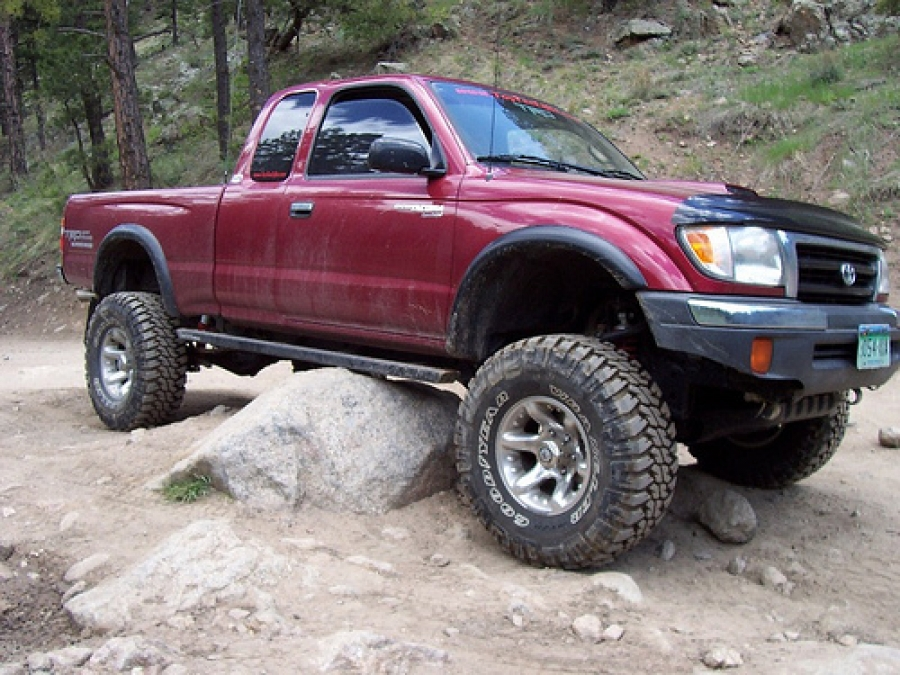 Toyota Used Trucks >> Looking For A Used Toyota Truck Or Suv These Five Tips Will Help